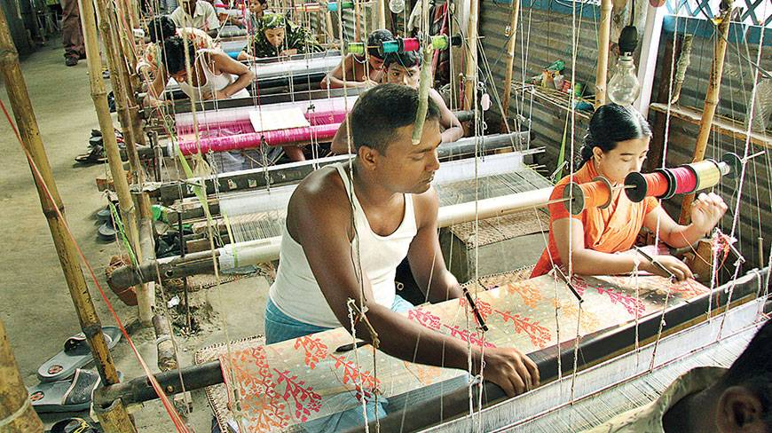 Jamdani-hand-loom